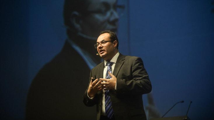 Luis Carranza fue elegido nuevo presidente de la CAF
